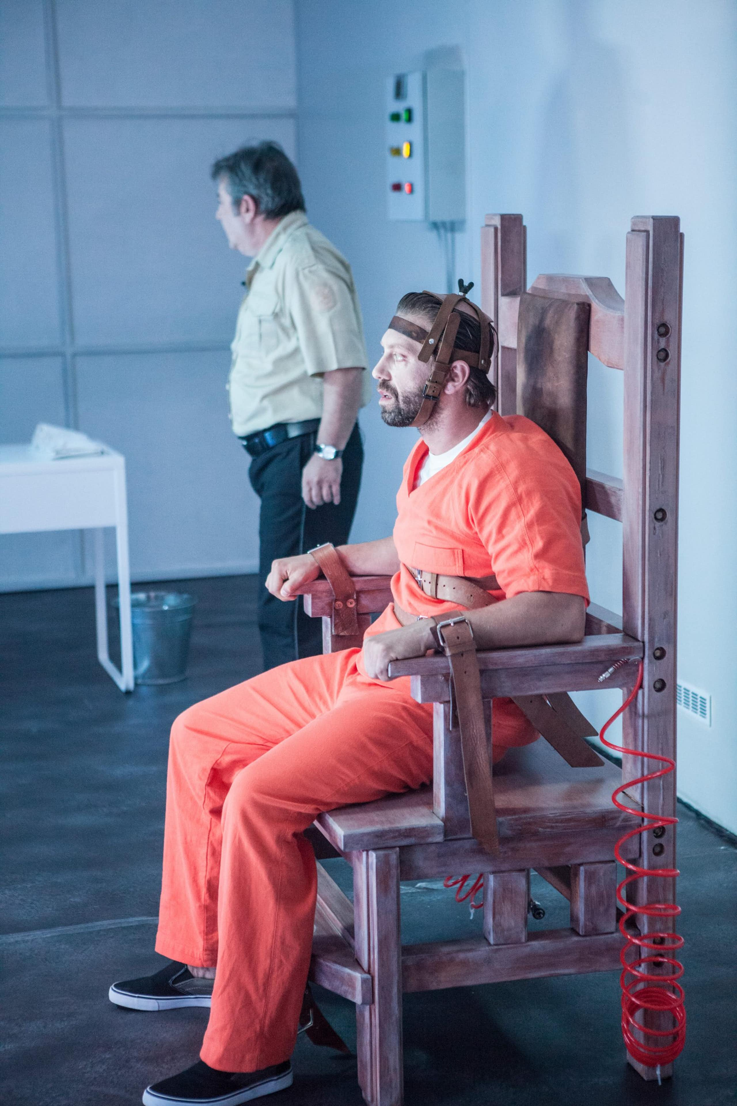 Us Auto Sales >> No Power For The Electric Chair | Спектакли | Plovdiv Drama Theater
